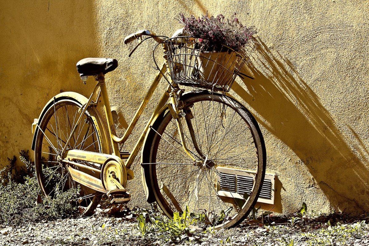 Każdy miłośnik jazdy rowerowej z pewnością czeka, aż wszelakie śniegi oraz lody odejdą już w zapomnienie.